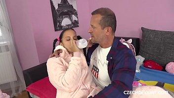 Настоящее русское семейное порева с супругой на тайную камеру