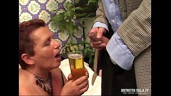 Секс с русскими абитуриентками на приватной вечеринке