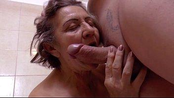 Порно фотоснимку с классной беловолосой красавицей